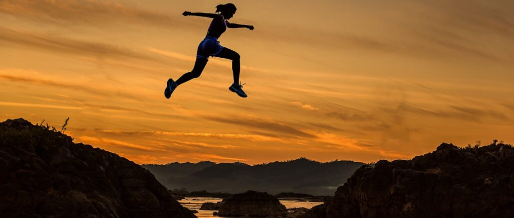 Achieve Woman Girl Jumping Running  - sasint / Pixabay